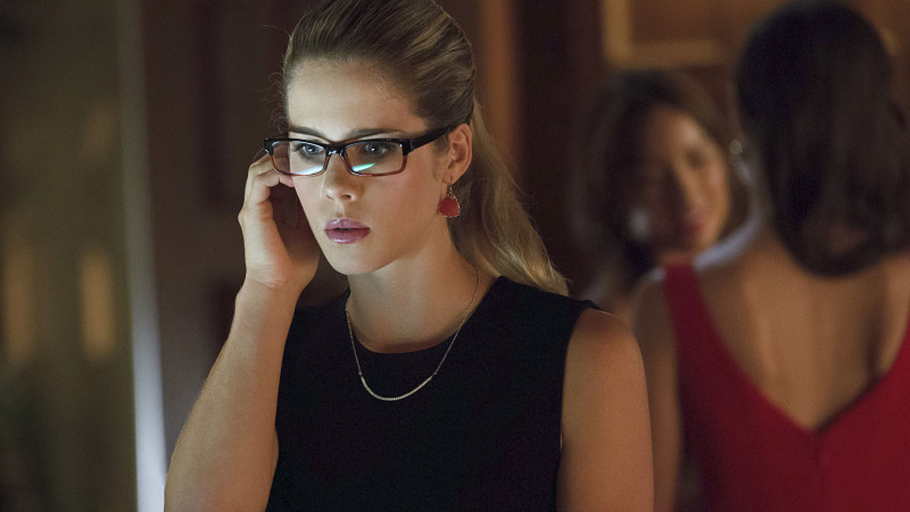 Arrow Emily Bett Rickards - H 2013