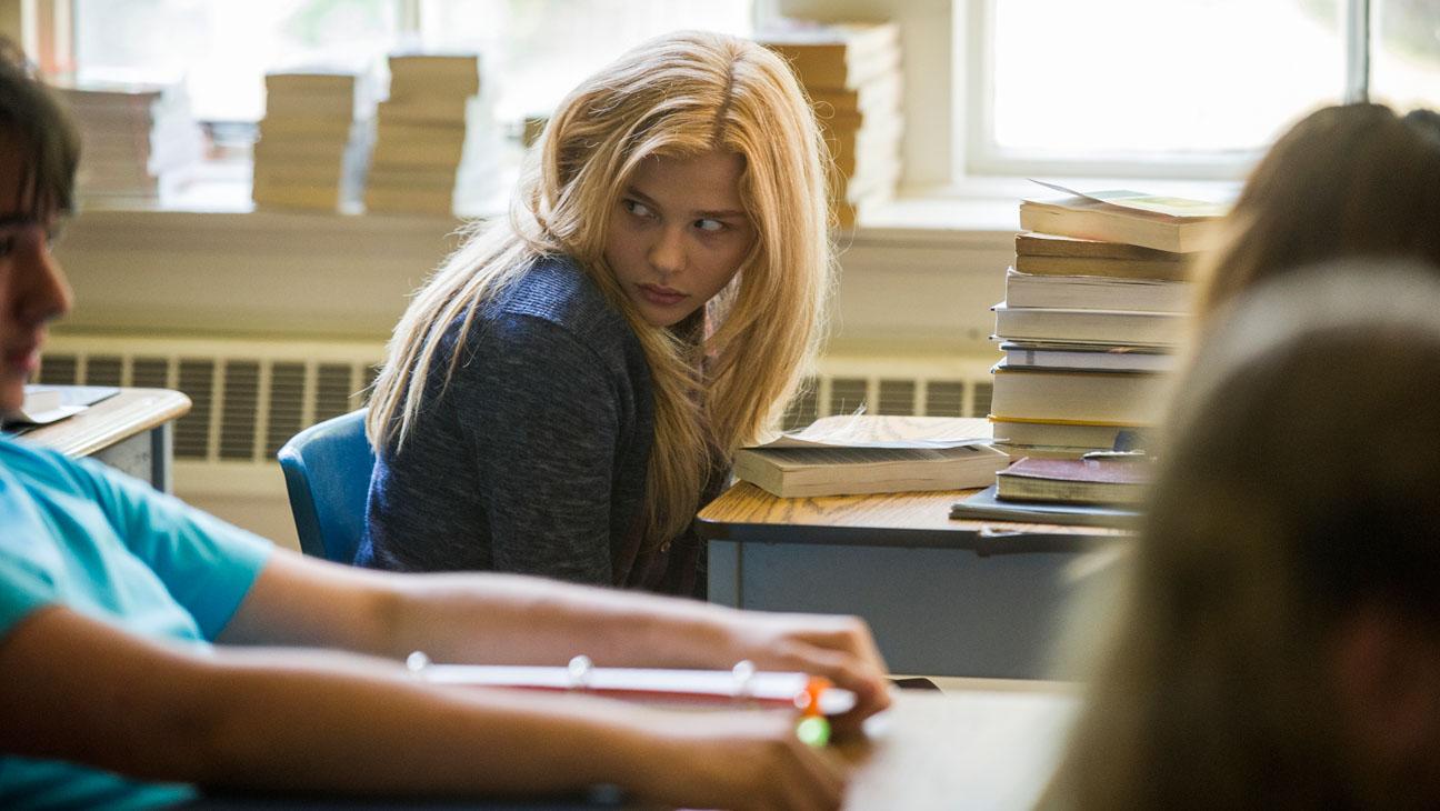 Carrie Film Still Chloe Moretz in Class - H 2013