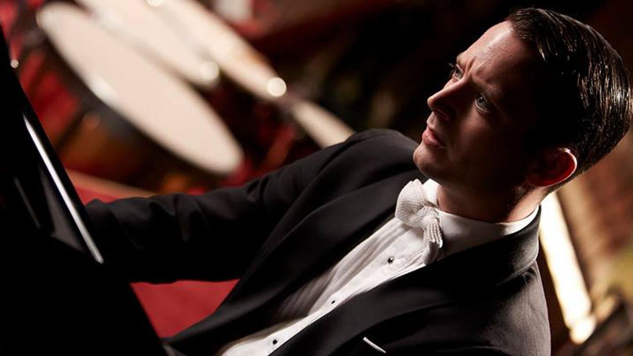 Grand Piano Still - H 2013