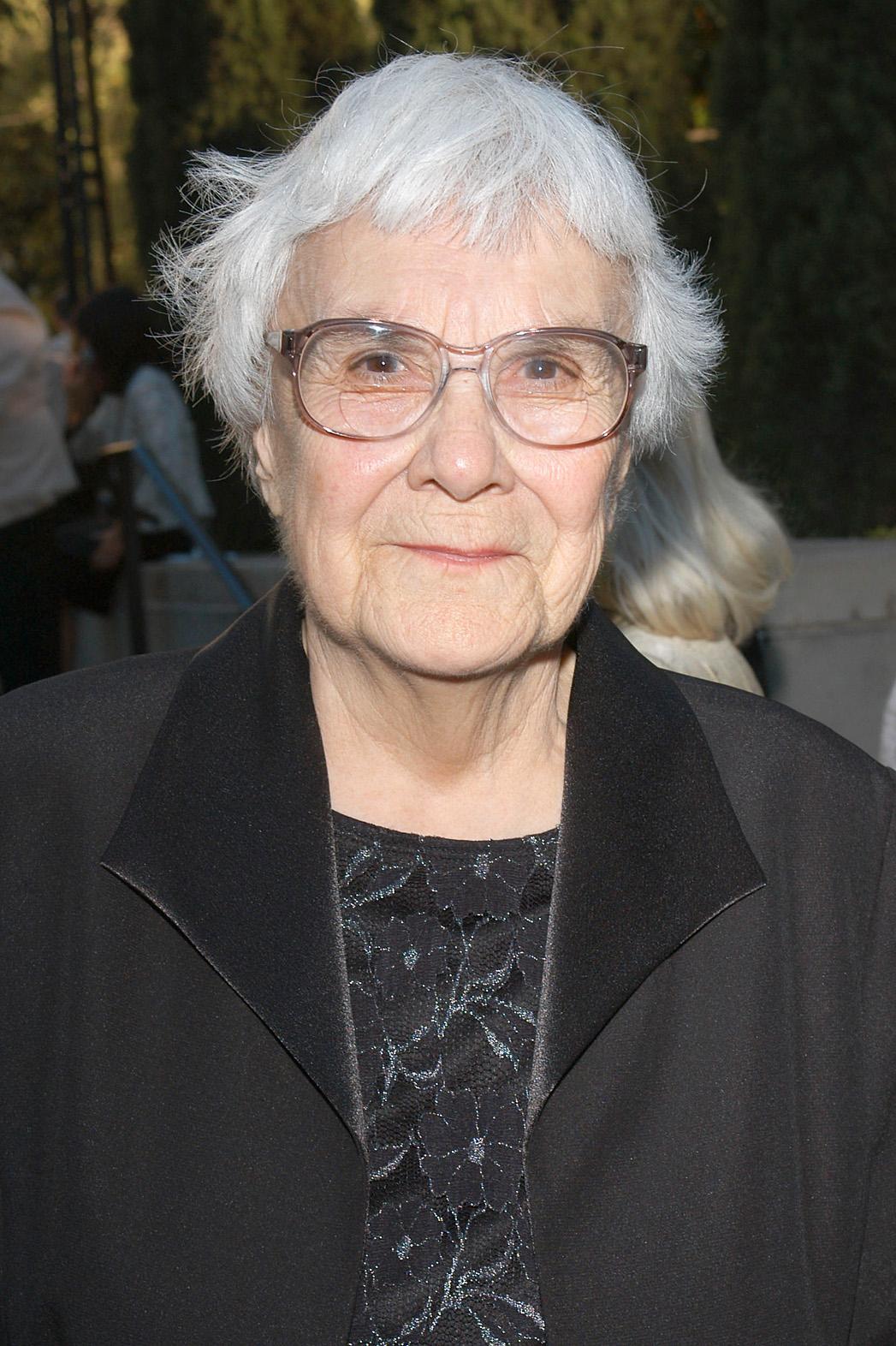 Harper Lee 2005 - P 2013