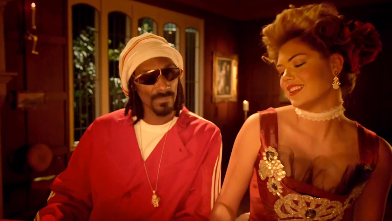 Kate Upton Snoop Dogg Hot Pockets Commercial - H 2013