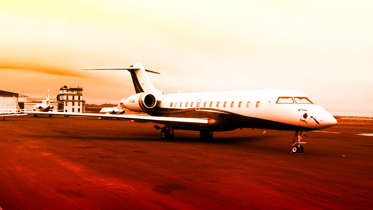 Perks Private Jets - H 2013