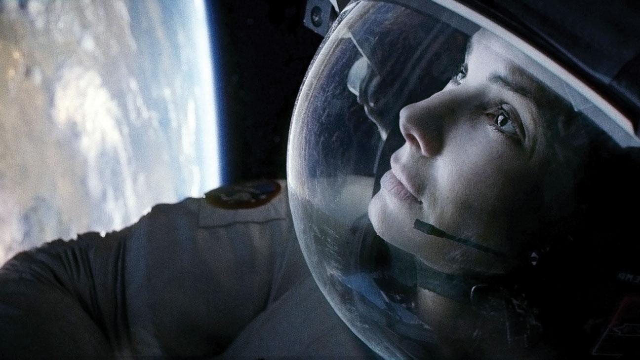 Gravity Sandra Bullock Earth - H 2013
