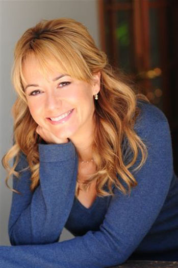Megyn Price Headshot - P 2013