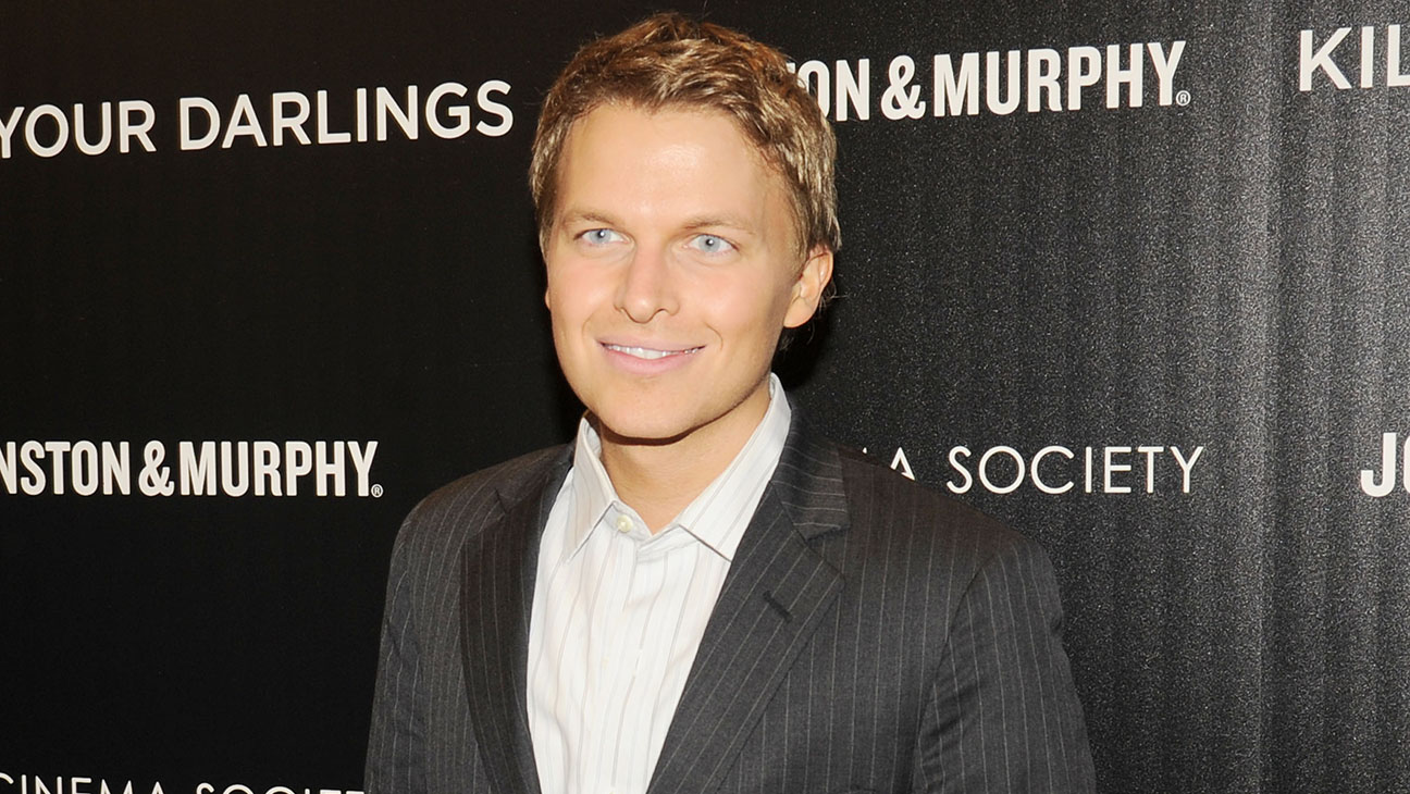 Ronan Farrow Horizontal - H 2013