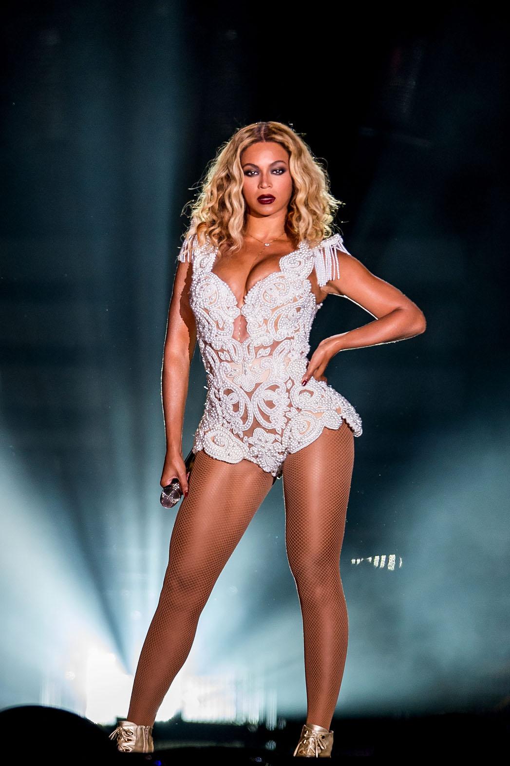 Beyonce (2014)