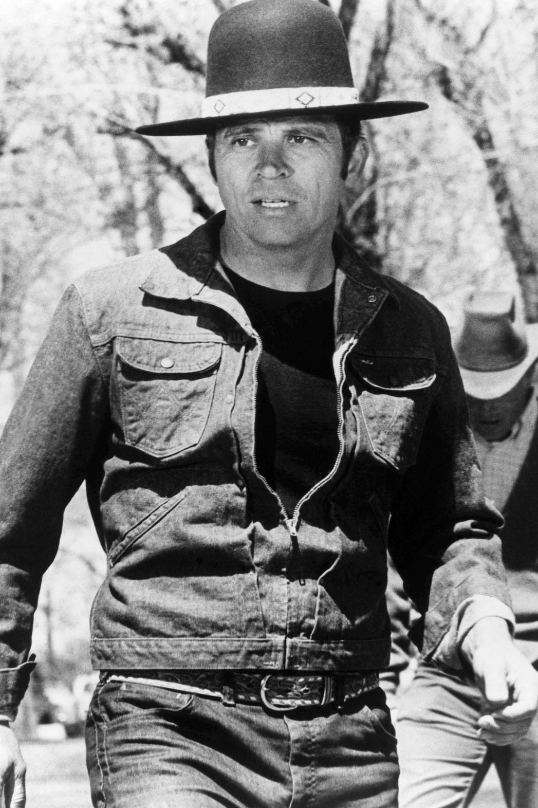 Tom Laughlin as Billy Jack - P 2013
