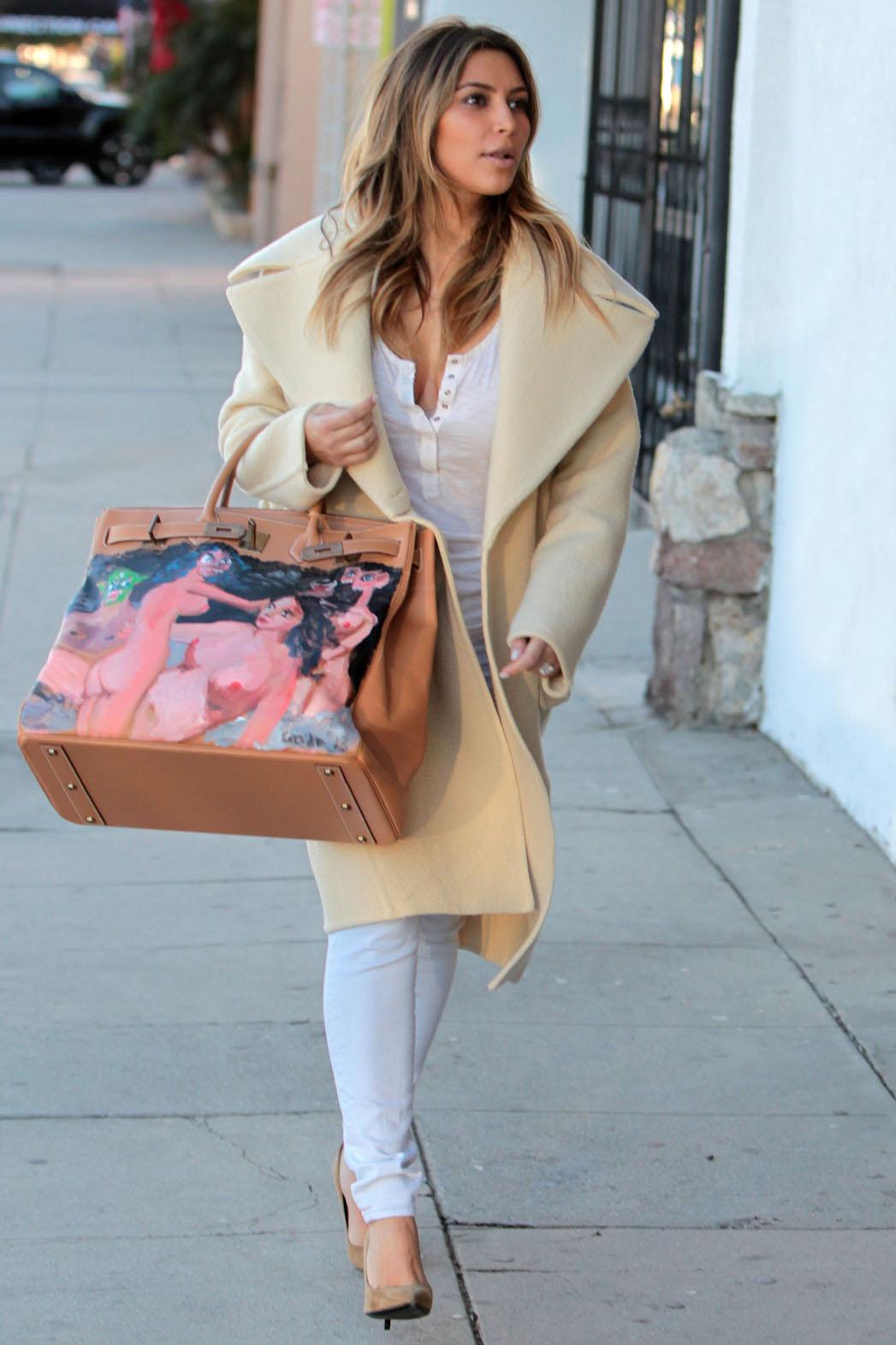 Kanye West gifts Kim Kardashian Hermes handbag featuring