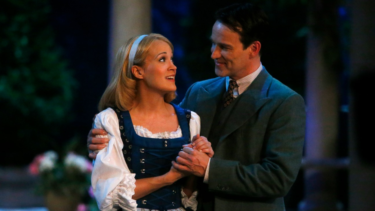Sound of Music Carrie Underwood Stephen Moyer - H 2013