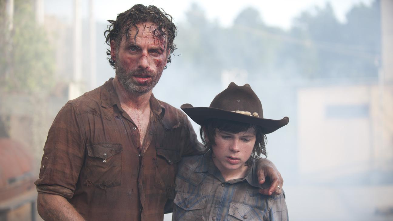 The Walking Dead Midseason Finale Rick Carl - H 2013