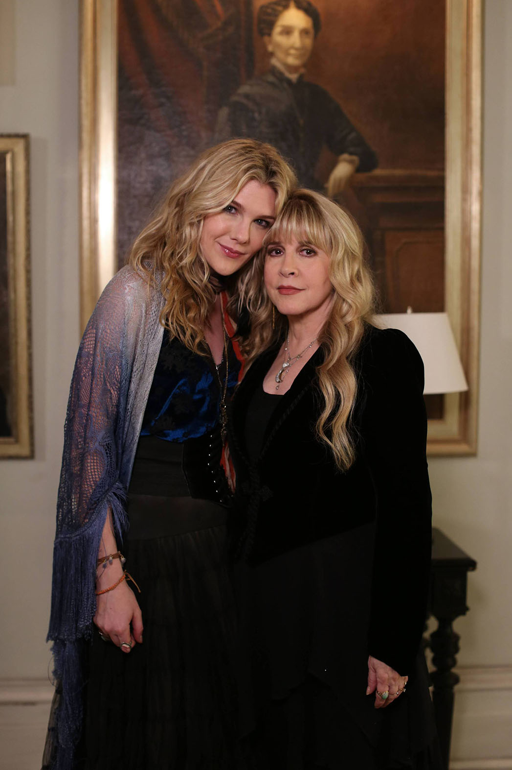 American Horror Story Coven S Stevie Nicks Previews Her Trippy Cameo Video Hollywood Reporter