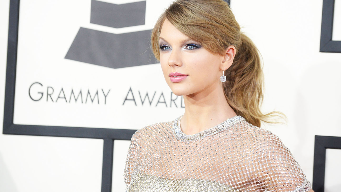 Taylor Swift S Out Of The Woods Jack Antonoff On Inspiration New 1989 Song Title Hollywood Reporter