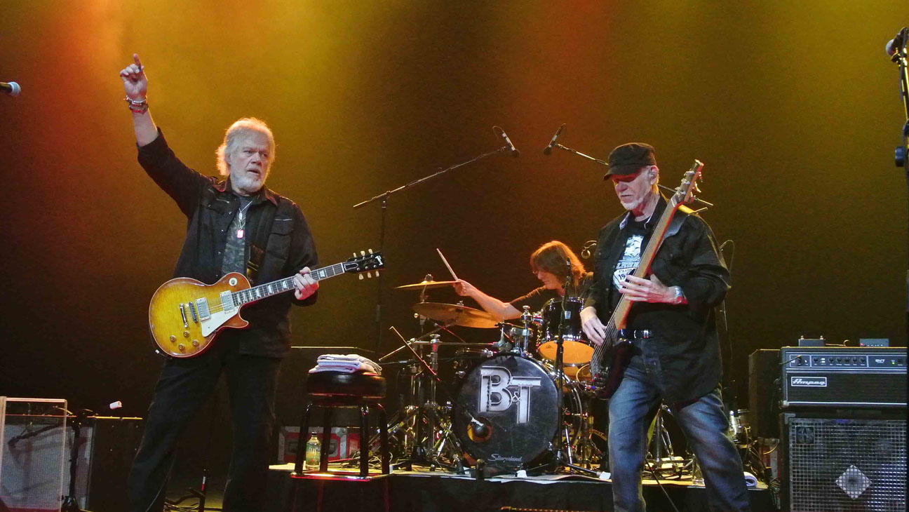 Bachman-Turner Overdrive Stage - H 2014