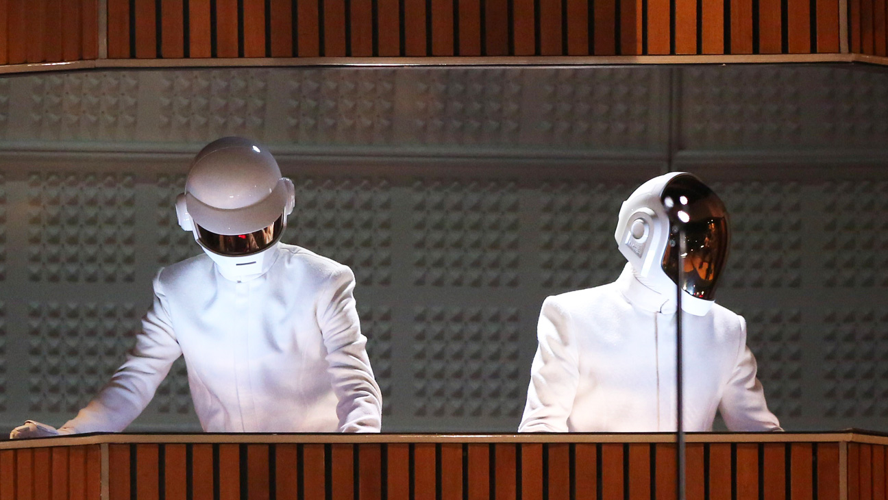 Daft Punk Performing at the Grammys 2 - H 2014