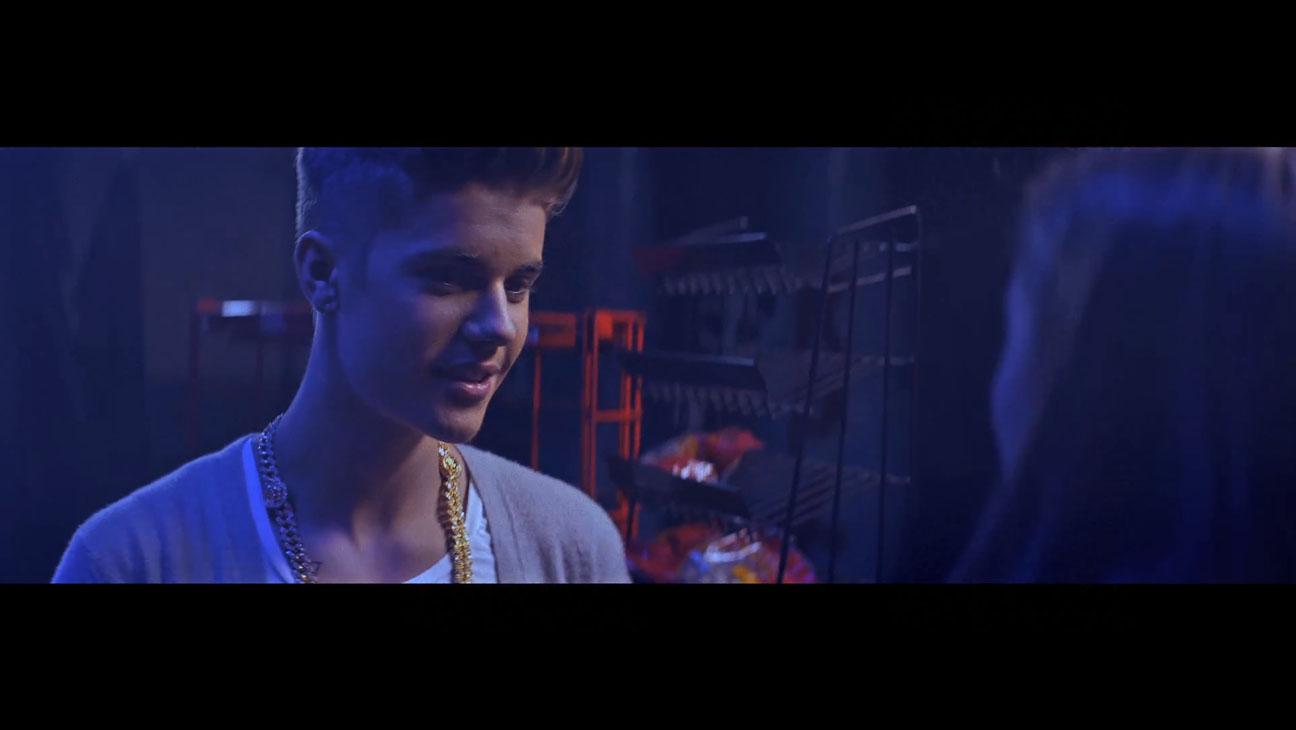 Justin Bieber Confident - H 2014
