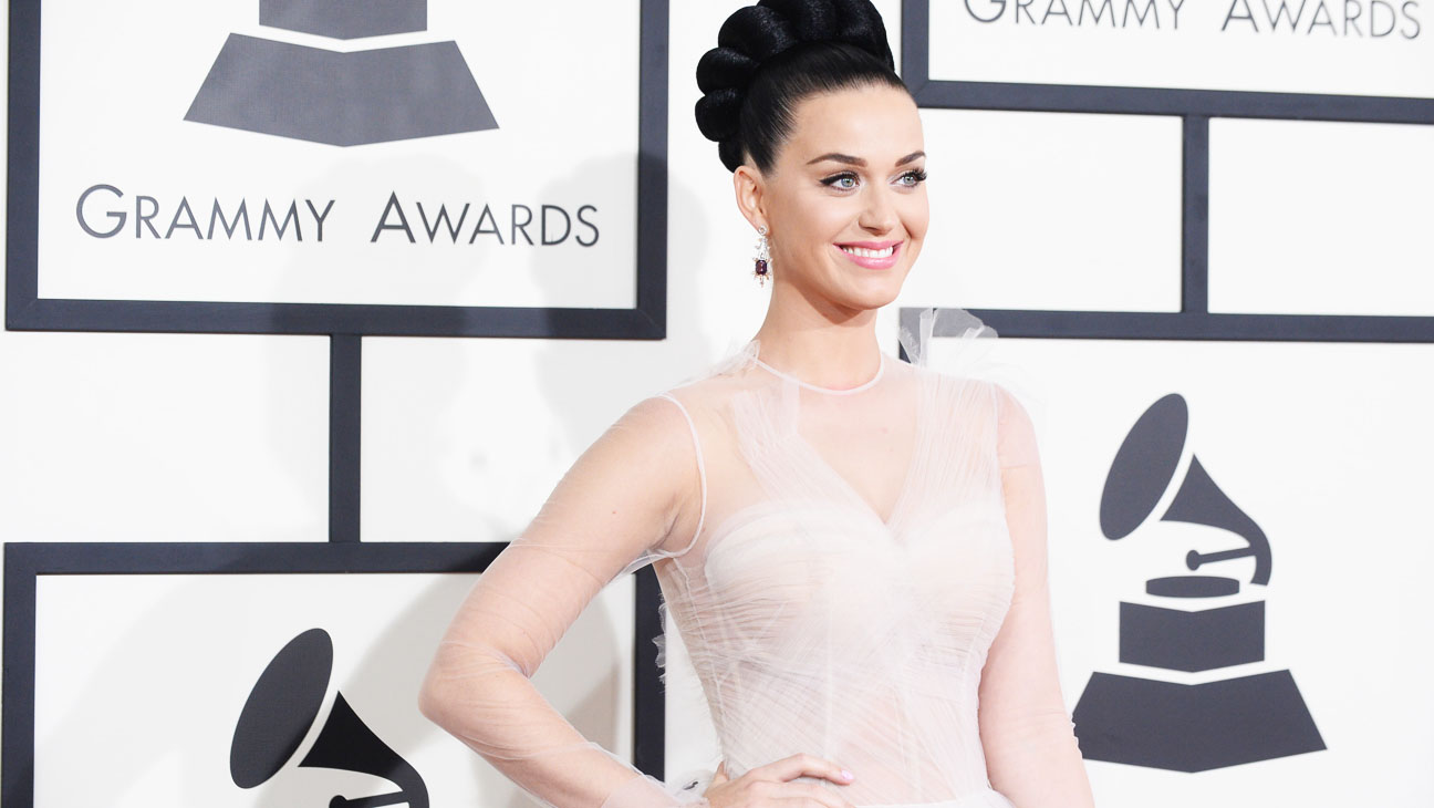 Katy Perry Grammy Arrivals - H 2014