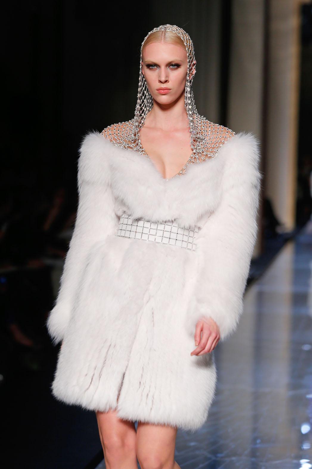 Paris Fashion Versace Headpiece - P 2014