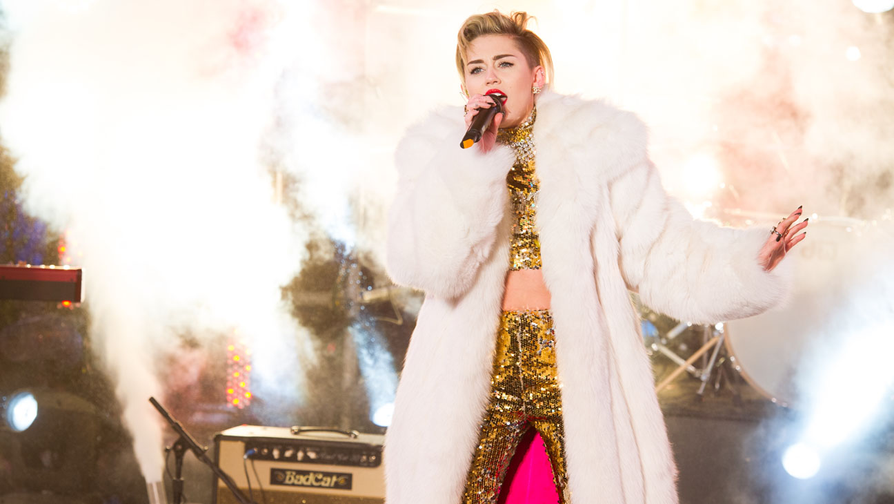 Miley Cyrus Performing NYE - H 2014