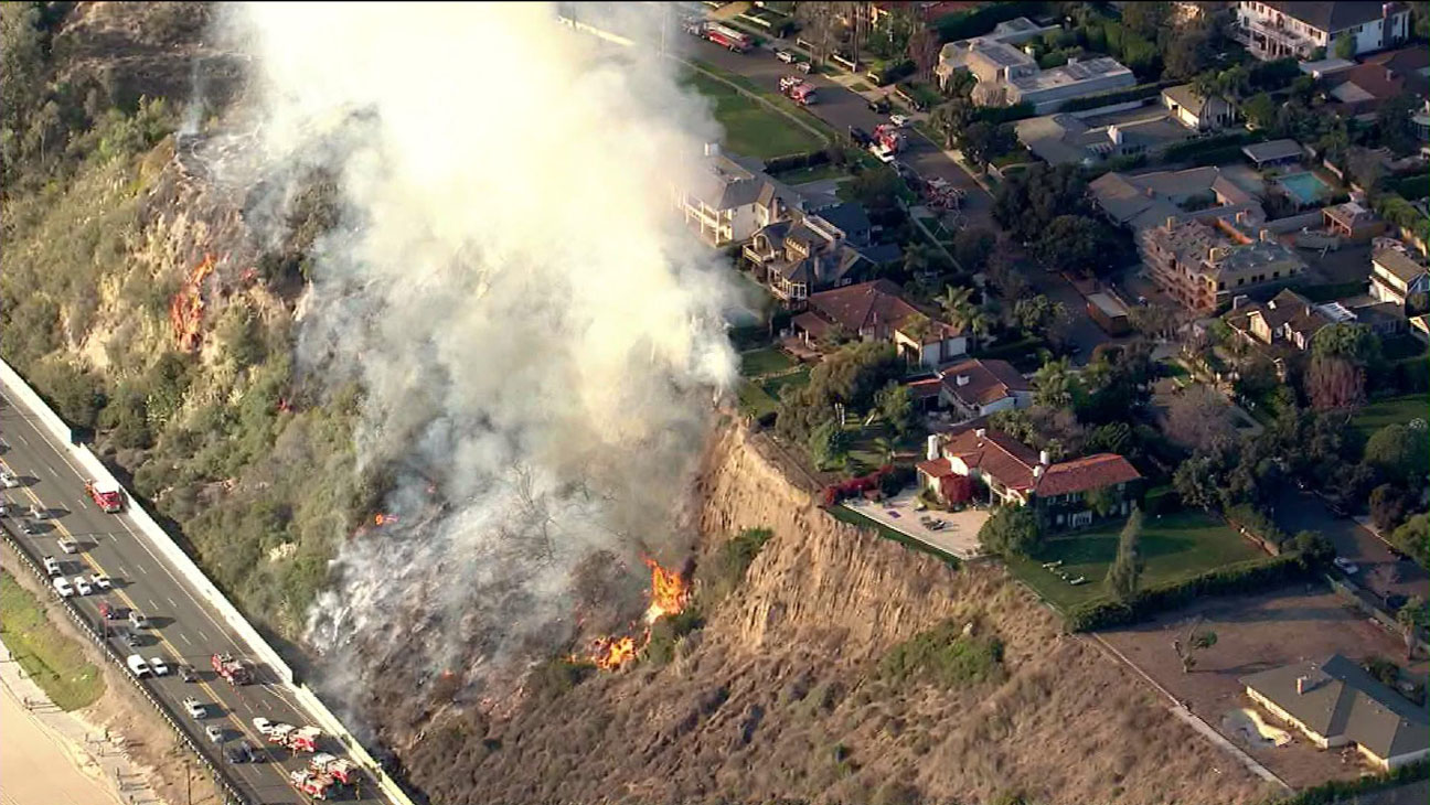 Pacific Palisades Brush Fire - H 2014