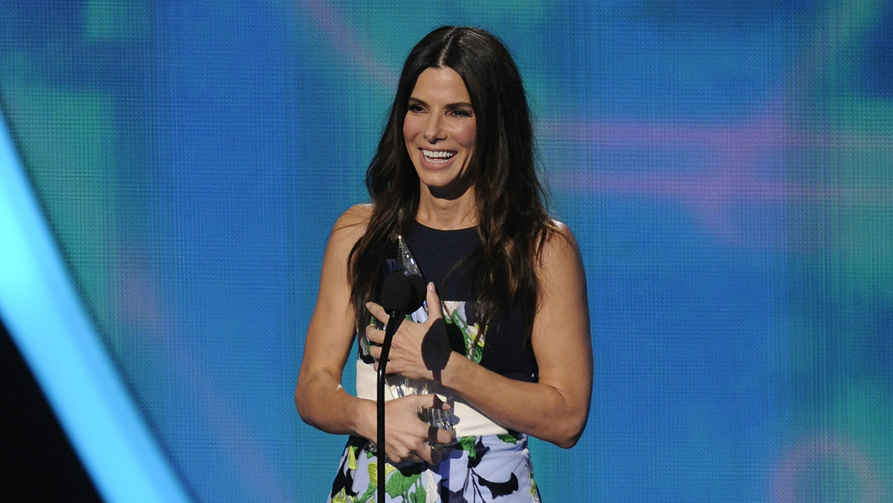 Sandra Bullock People's Choice Awards - H 2014