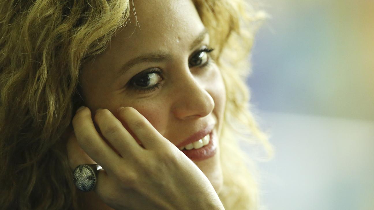 Shakira H 2014