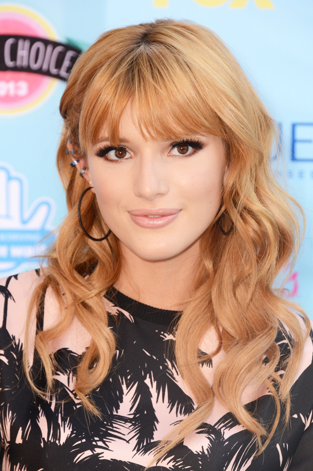 Bella Thorne Teen Choice Awards - P 2014