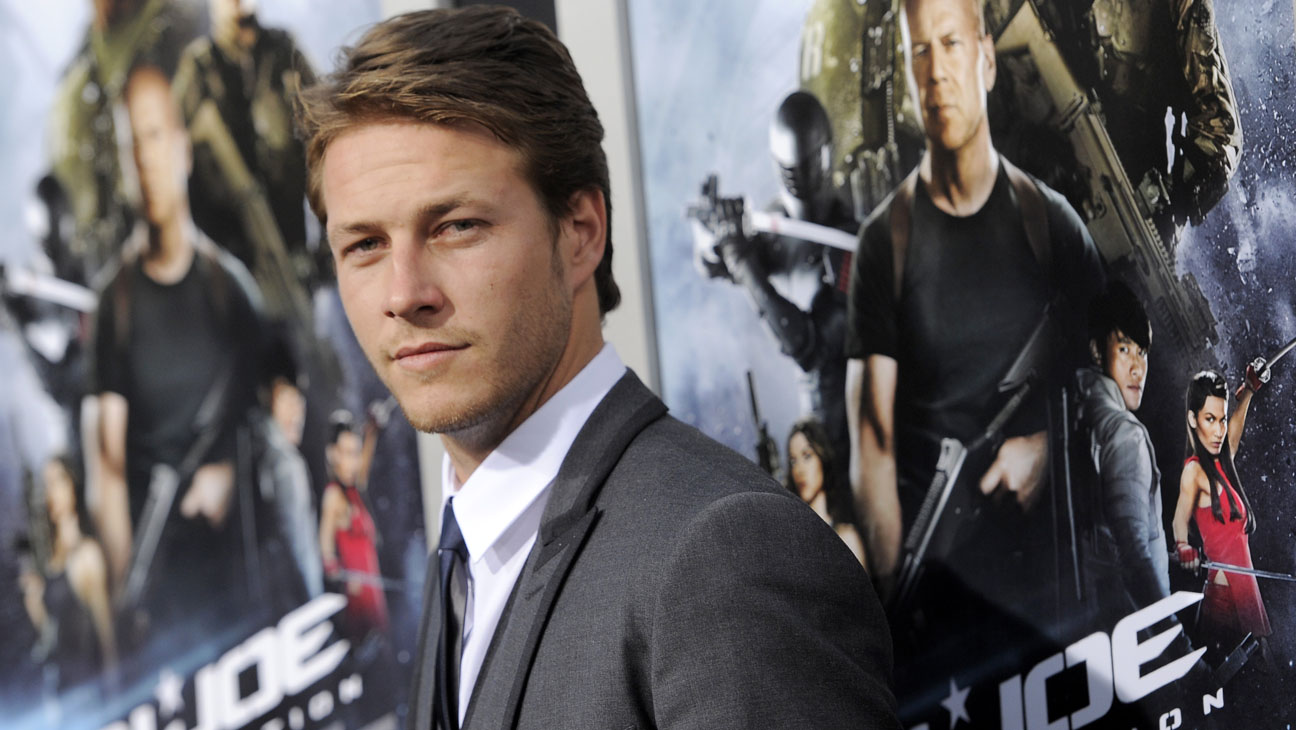 G I Joe Actor To Play Keanu Reeves Role In Point Break Remake Hollywood Reporter