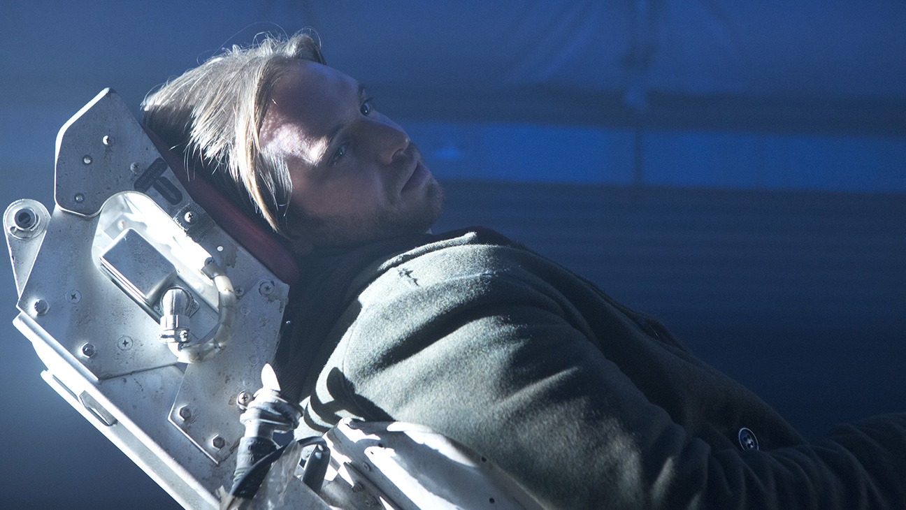 Aaron Stanford 12 Monkeys - H 2014