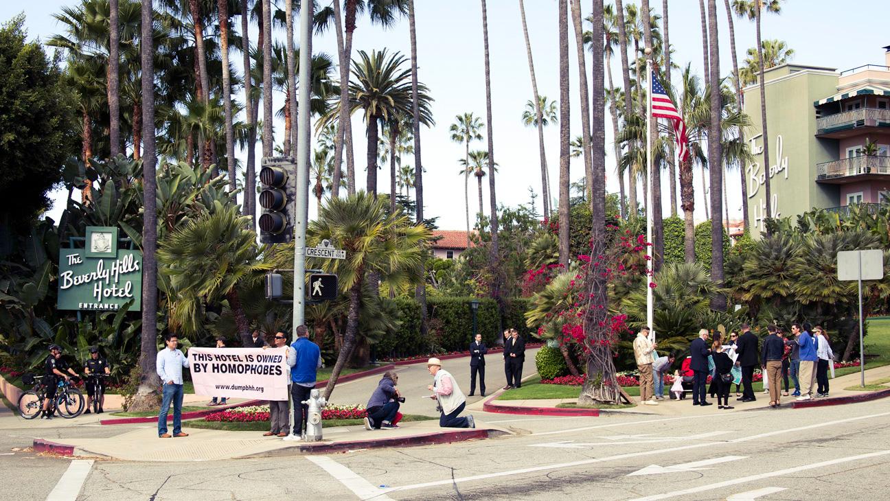 Beverly Hills Hotel Protest Wide Shot - H 2014