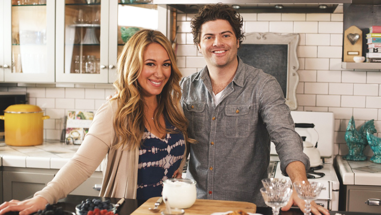 Haylie Duff Cooking - H 2014