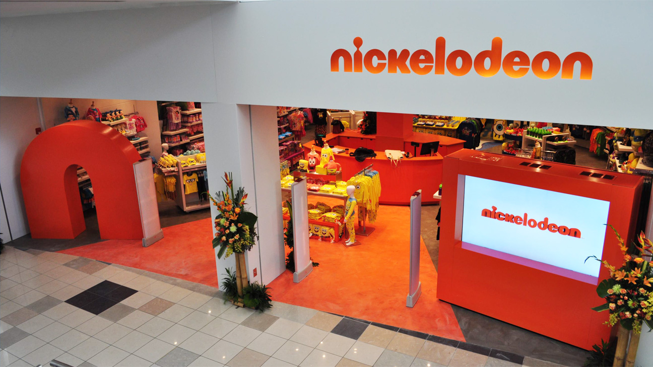 Nickelodeon Store Front - H 2014