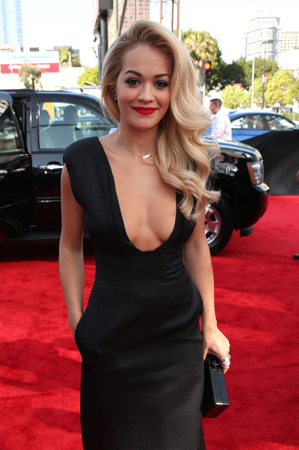 Rita Ora MTV Movie Awards - P 2014