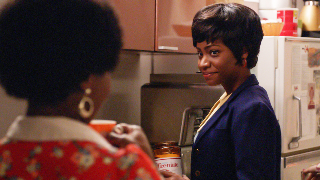 Mad Men Teyonah Parris On Dawn S Big Episode Outlasting Don S Other Secretaries Hollywood Reporter