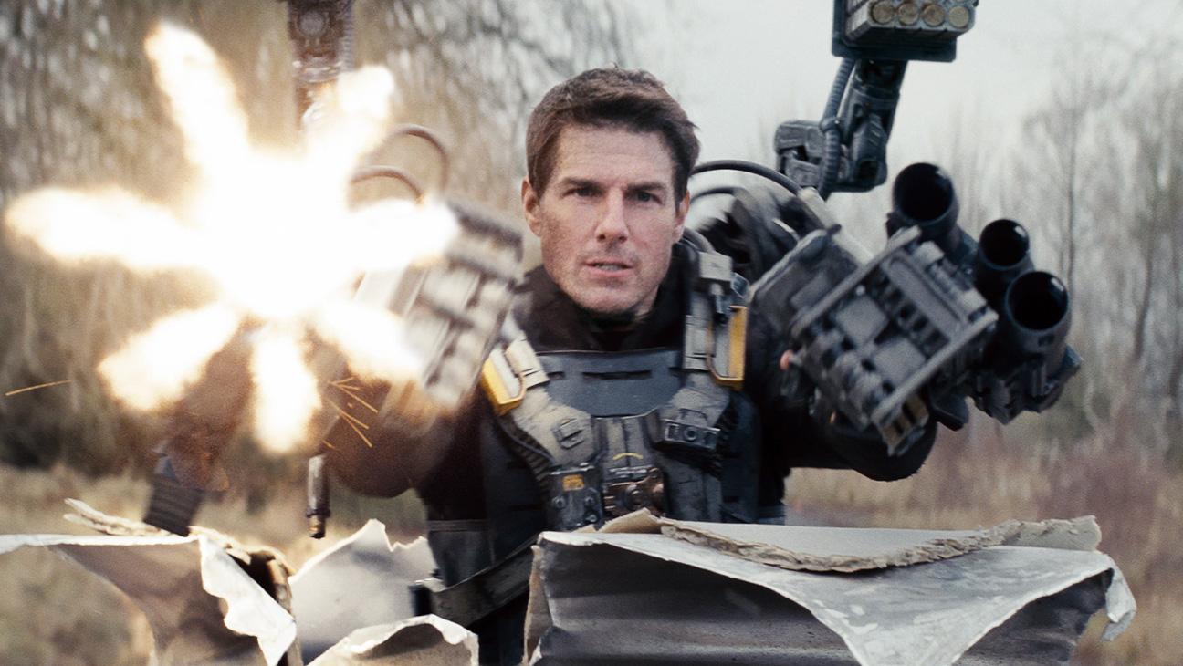 Edge of Tomorrow Tom Cruise with Gun - H 2014
