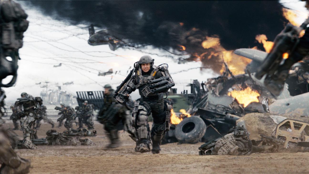 Edge of Tomorrow Tom Cruise in Battle - H 2014