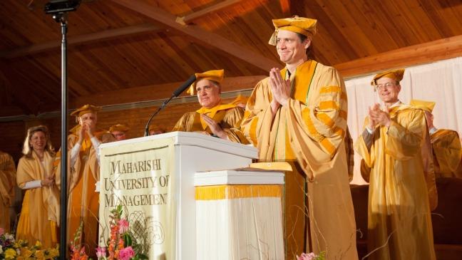 Jim Carrey Commencement Speech - H 2014