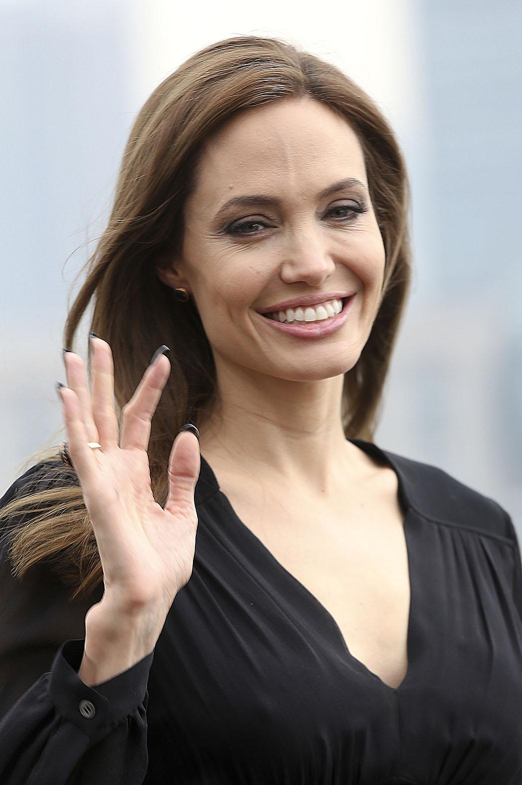 Angelina Jolie Headshot Shanghai - P 2014