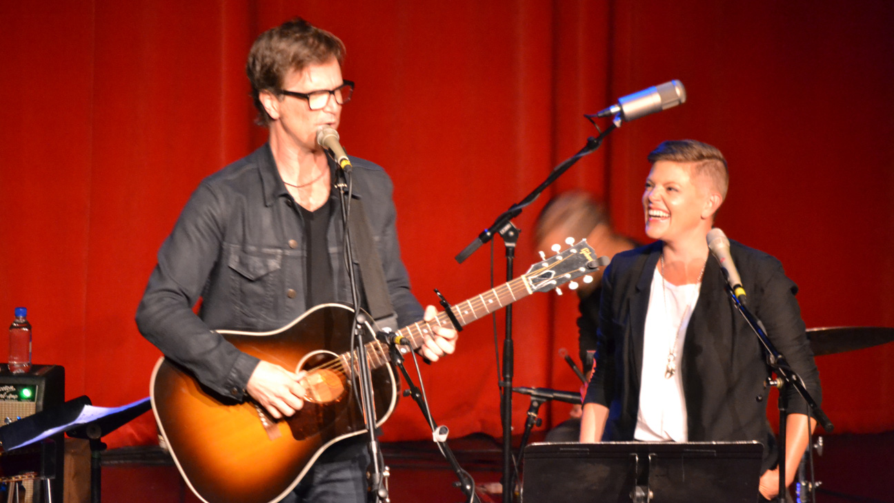 Dan Wilson and Natalie Maines Performing - H 2014