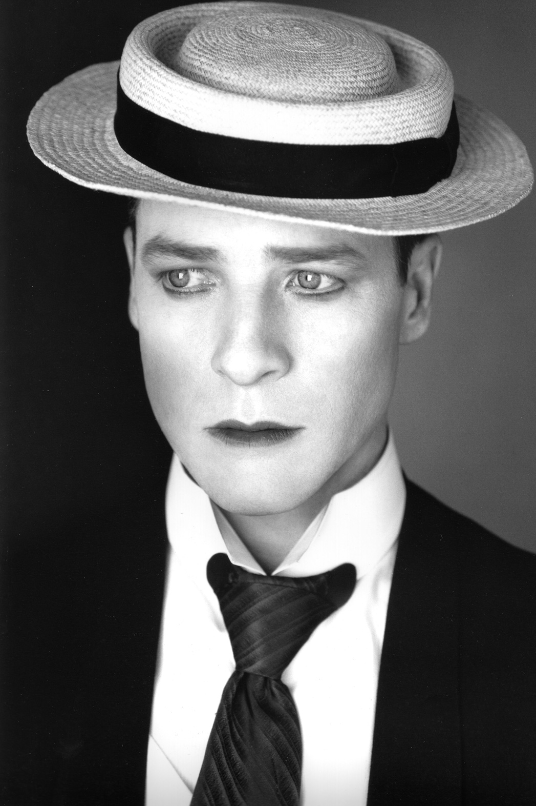 French Stewart as Buster Keaton - P 2014