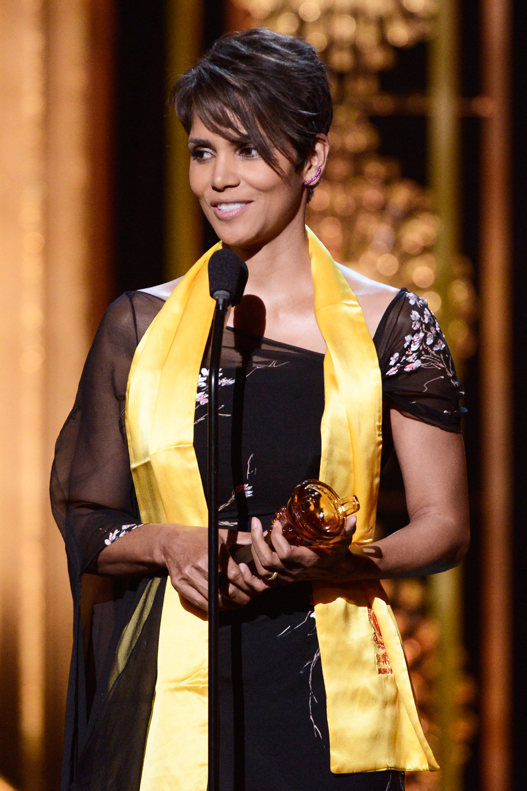 Halle Berry Huading Film Awards - P 2014
