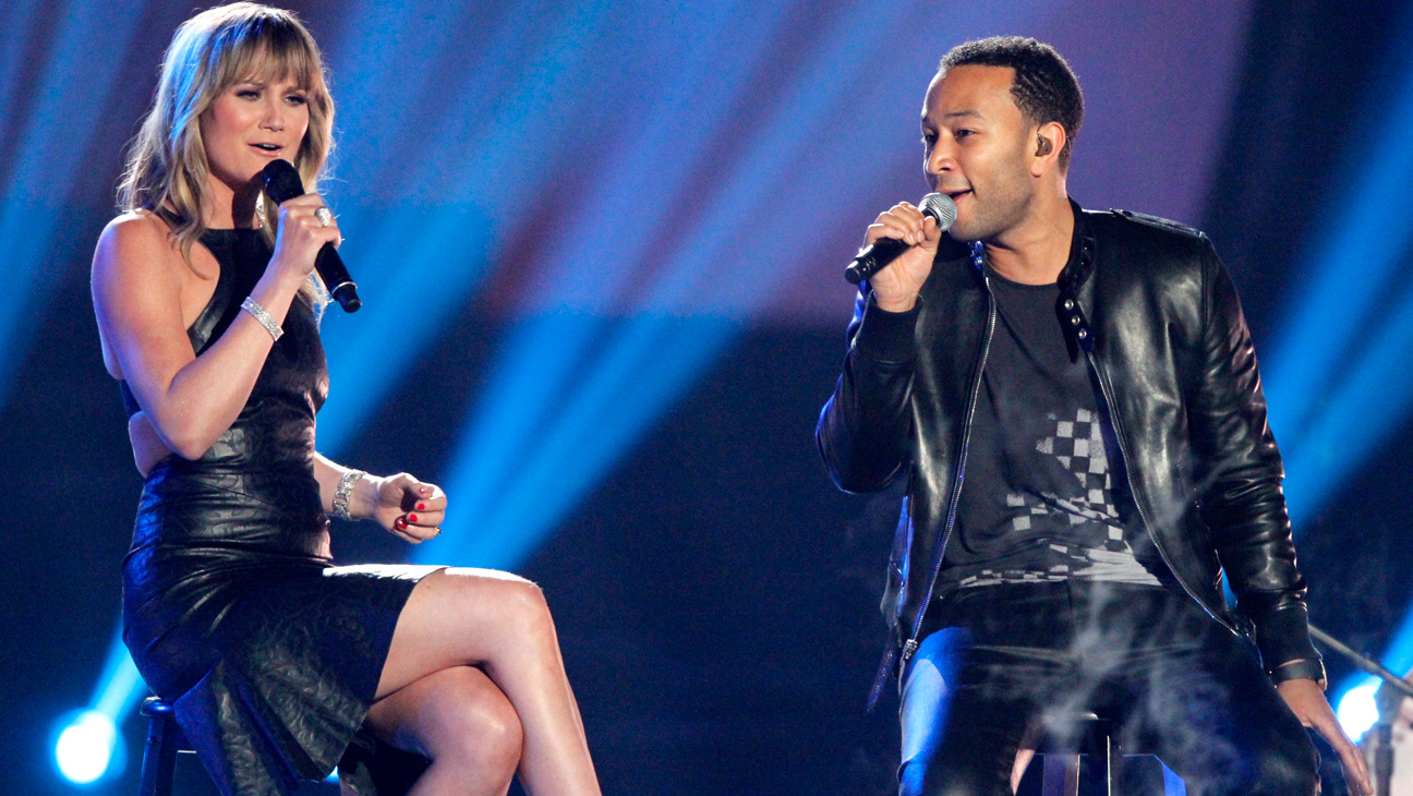John Legend Jennifer Nettles CMT Music Awards - H 2014