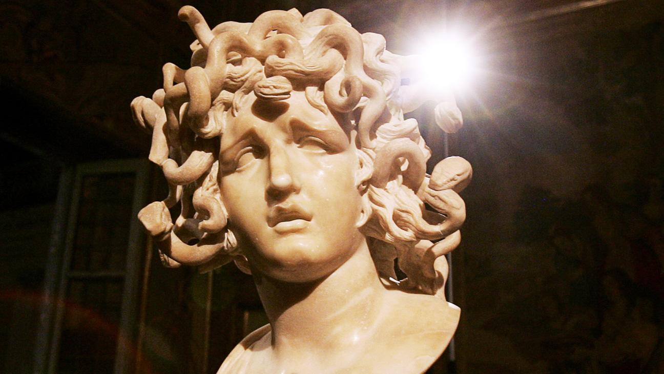 Medusa Sculpture - H 2014