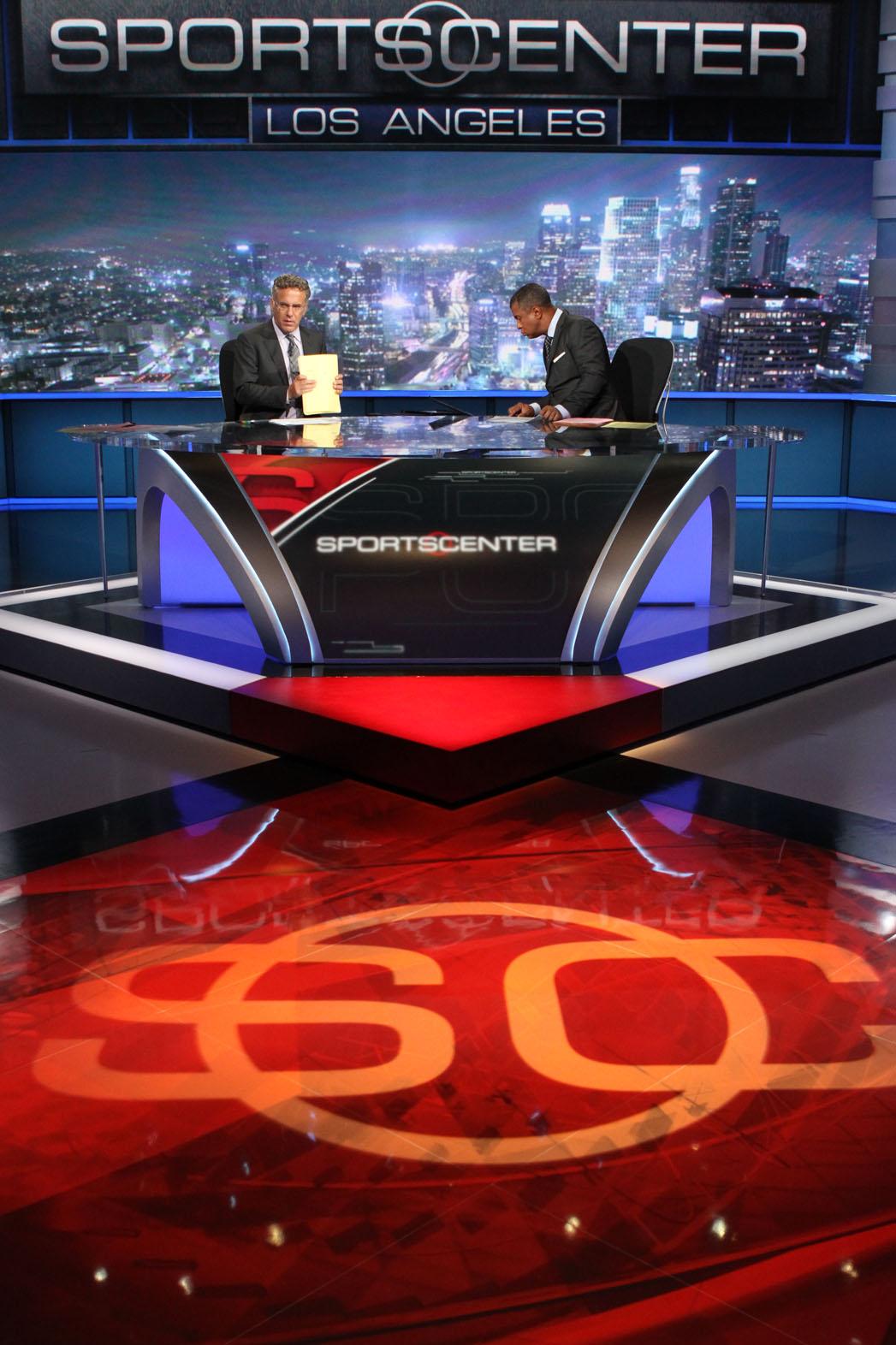 Espn S New Sportscenter Los Angeles Studio Puts Focus On The West Coast Hollywood Reporter