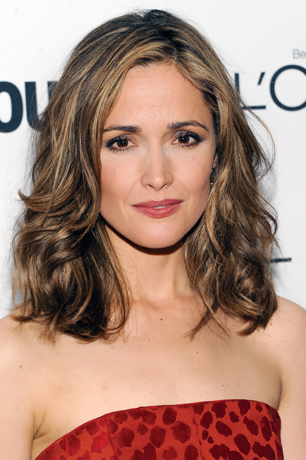 Issue 21 REP DEALS Rose Byrne - P 2014