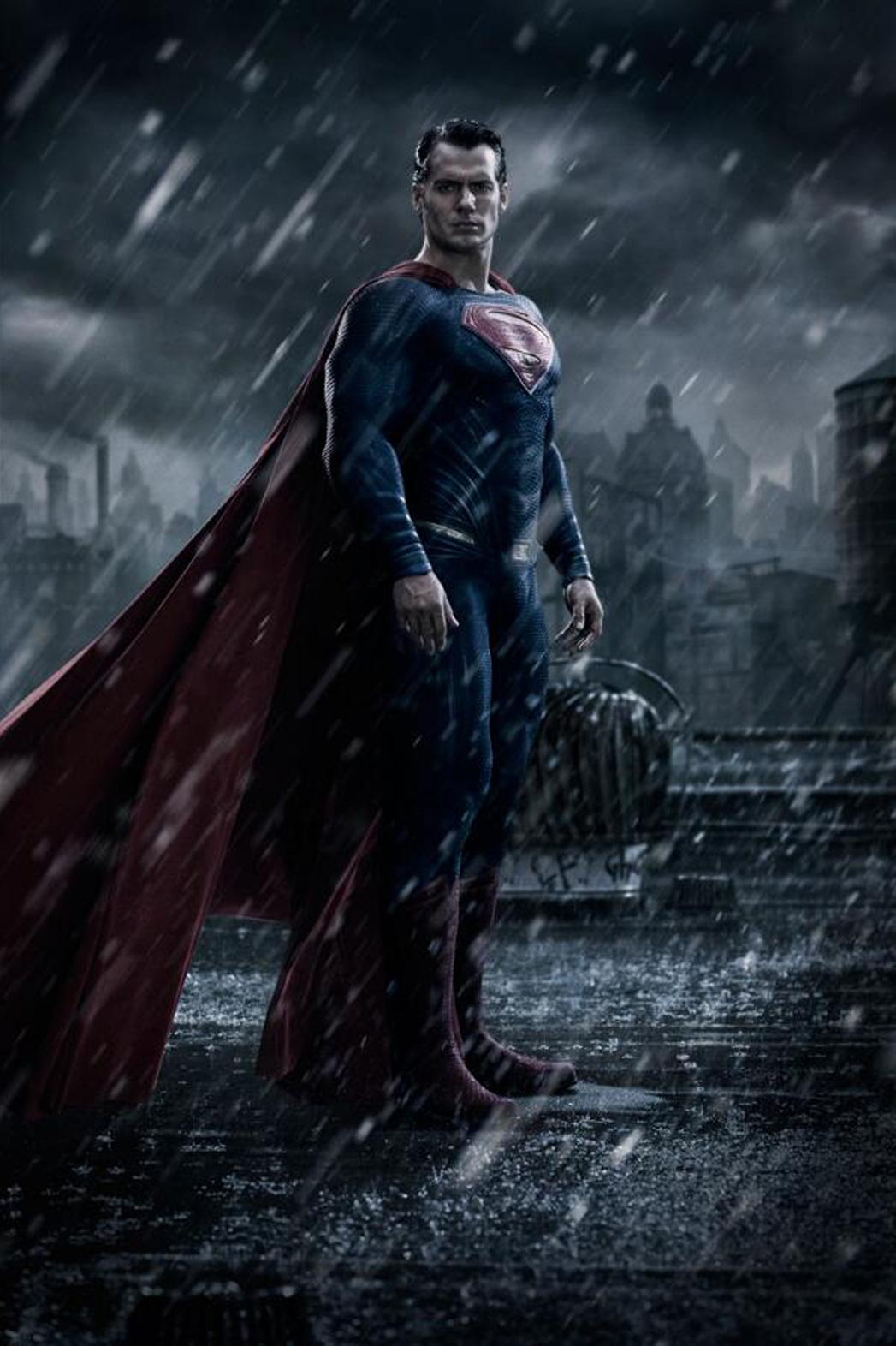 Batman V Superman Cavill 1 - P 2014
