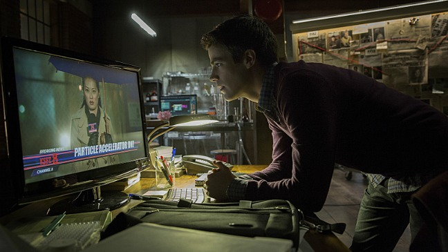 The Flash Grant Gustin Pilot Still - H 2014