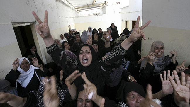 Gaza Mourners - H 2014
