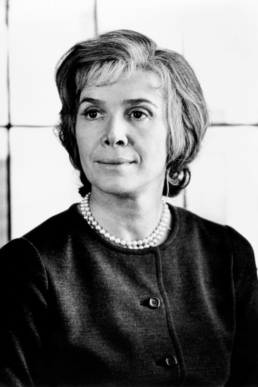 Rosemary Murphy Headshot - P 2014