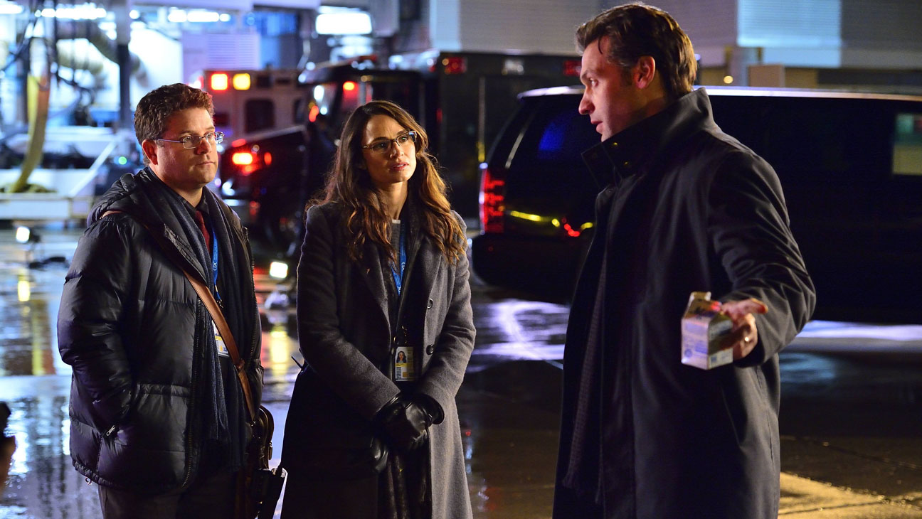 The Strain Sean Astin Mia Maestro - H 2014