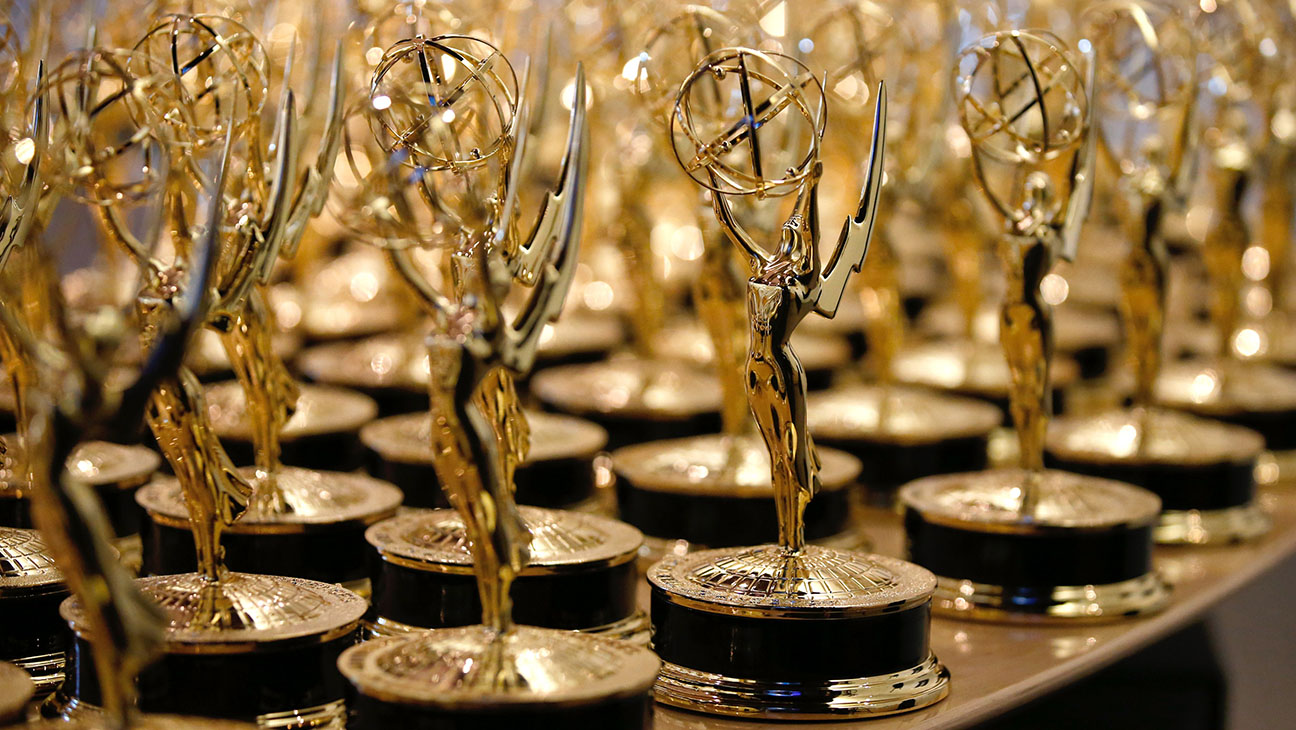 Emmys statues - H 2014